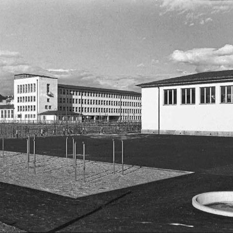Gottfried-Keller Schulhaus 1939. Vergrösserte Ansicht